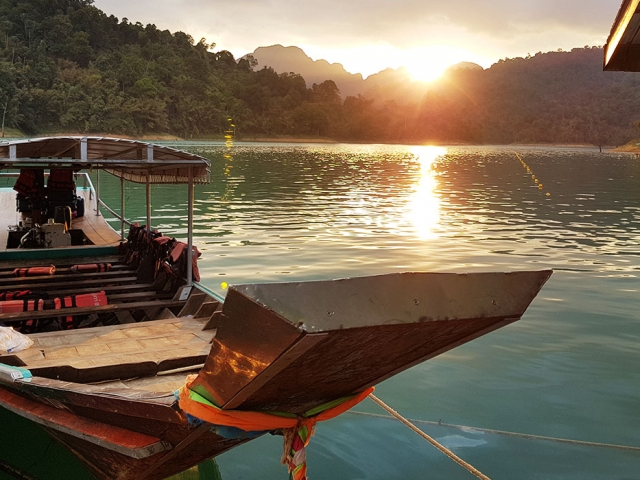 Paid to Travel: The Life of a Thailand Tour Leader