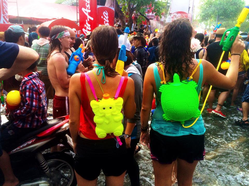 Invest in a good water gun backpack during Songkran