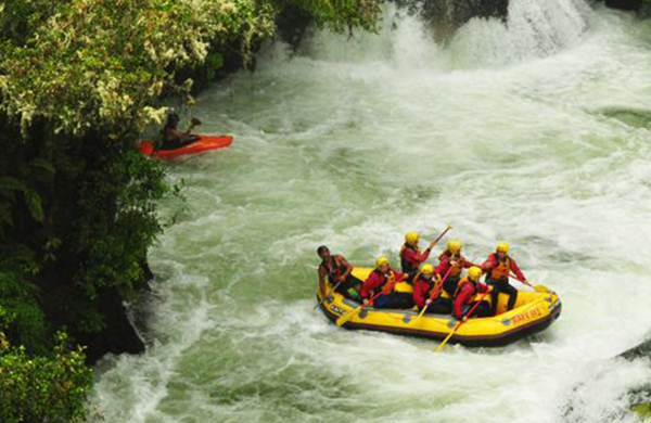 White-water-rafting - More Kiwi Adventures