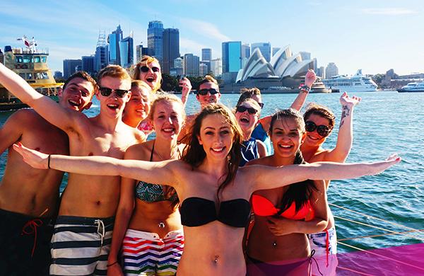 Cruise around Sydney Harbour on Ultimate Sydney