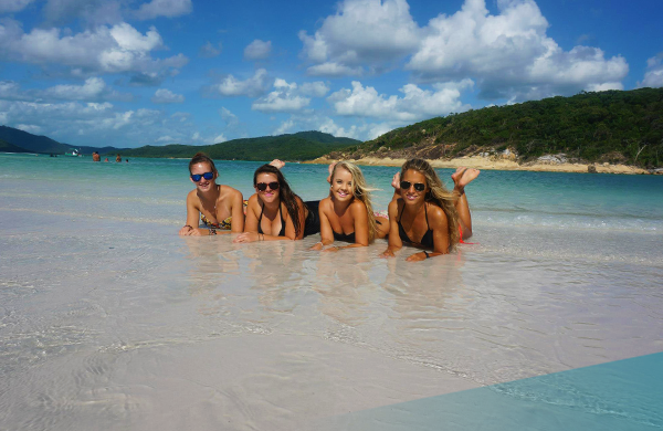 Explore the crystal clear waters on the Whitsunday Islands on Ultimate East Coast: 5 Week