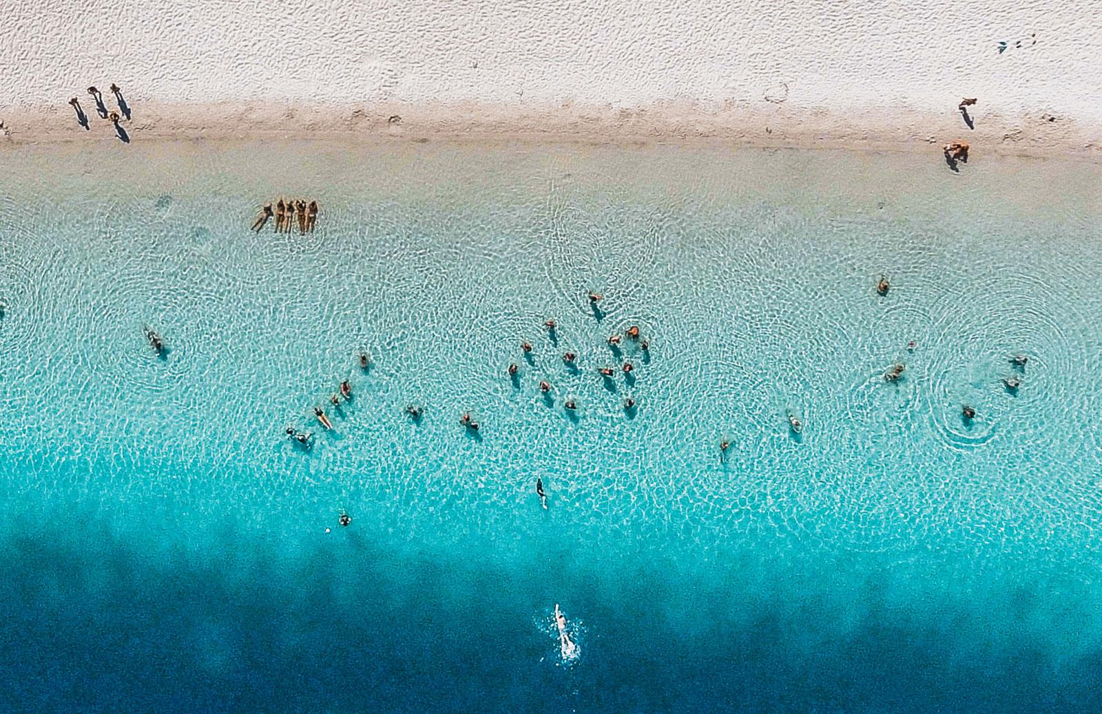 Fraser Island, Lake Mckenzie - Ultimate East Coast