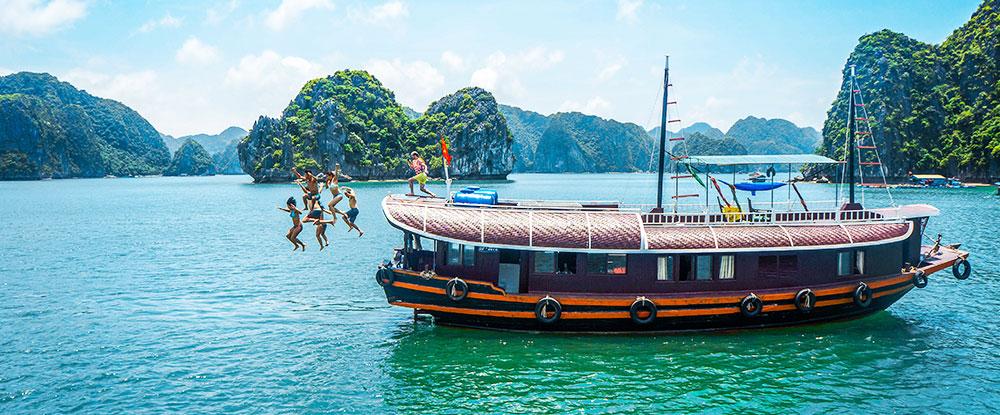 Ultimate Vietnam Halong Bay