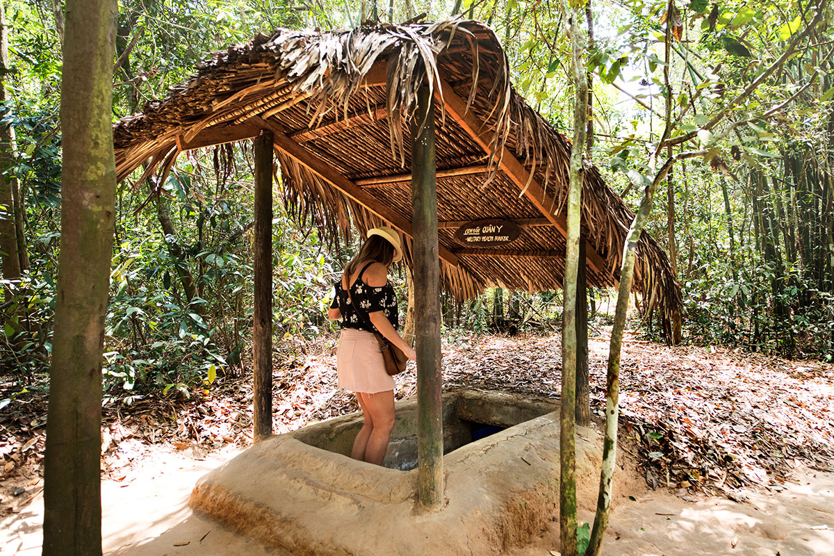 DAY 13 – 14 CU CHI TUNNELS & FAREWELL