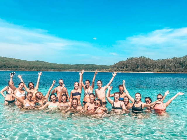 5 Reasons Why Group Travel is the Way to Go!