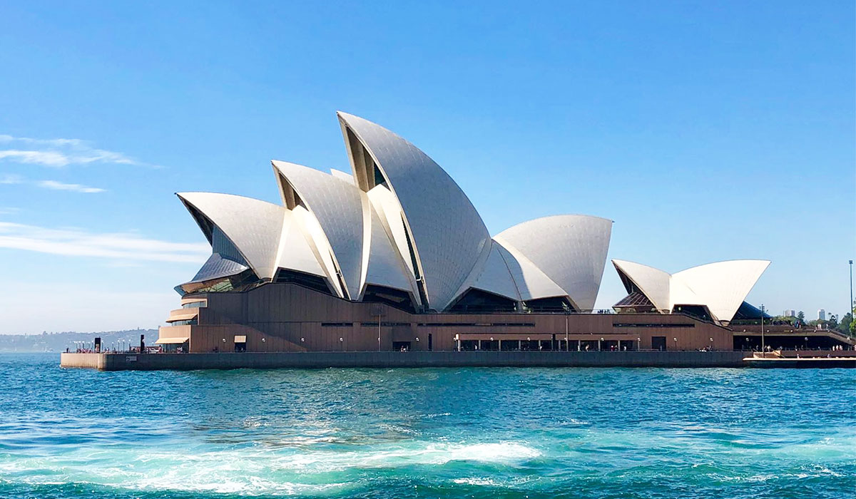 The Sydney Opera House! - UltimateOz Gap Year