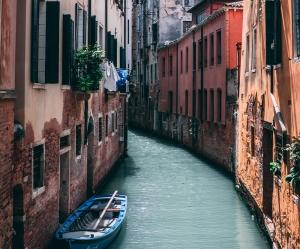 Italy Group Tour - Waterways
