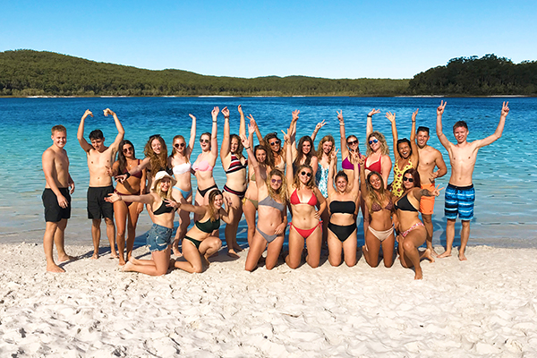 sydney-to-cairns-ultimate-adventure-tour-fraser-island