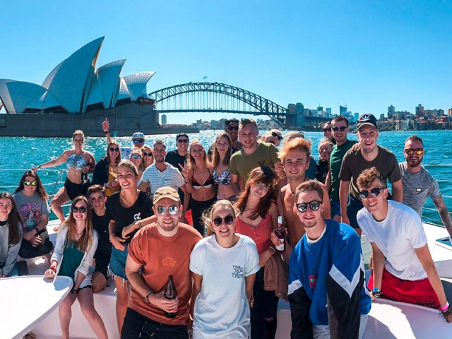 The Benefits of booking UltimateOz for your Working Holiday in Australia